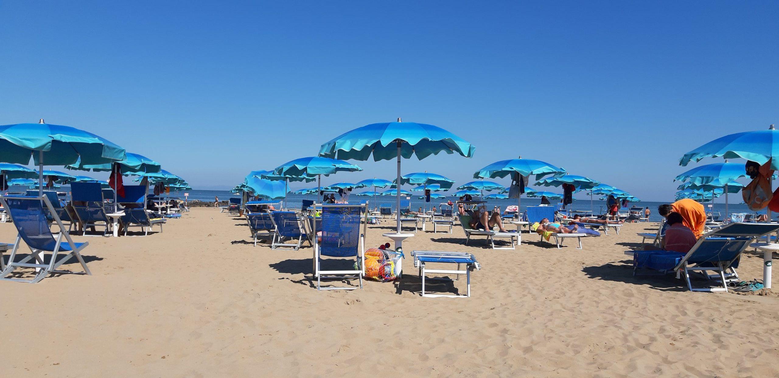 Ombrelloni in spiaggia a Lignano