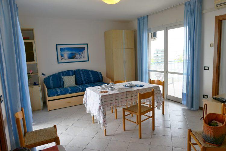 Appartamento a Lignano Sabbiadoro con terrazzo