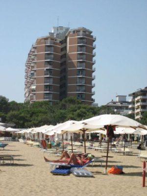 Residence Cristallo esterno spiaggia Lignano